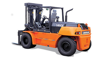 36,000 lbs. pneumatic tire forklift in Hollywood